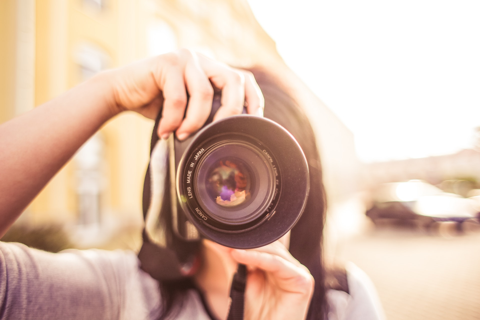 What Is the Average Cost of a Wedding Photographer?